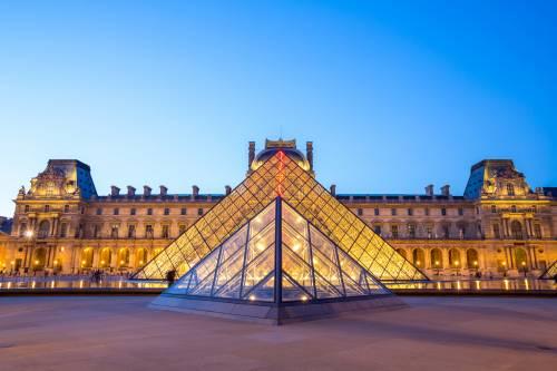 La rivincita della Piramide: da sfregio a simbolo di Parigi