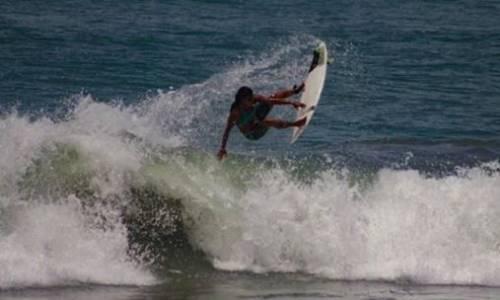 Il mondo del surf piange Luzimara Souza: colpita da un fulmine in acqua