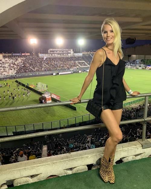 Daniela Christiansson da urlo su Instagram: gli scatti di lady Lopez 2
