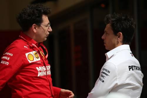 """Manovra della Mercedes. Ecco la """"variante"""" Vettel per far ribaltare la Ferrari"""