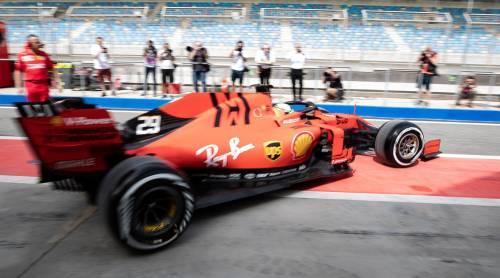 Mick Schumacher gira con la Ferrari SF90: gli scatti del figlio del grande Michael 6