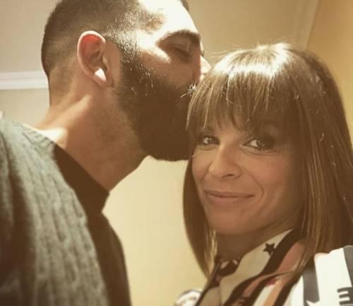 Alessandra Amoroso fa gli auguri al suo fidanzato