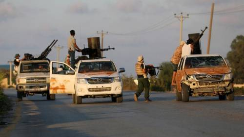 Libia, Haftar vuole prendersi Tripoli: imprenditori italiani in fuga