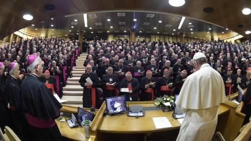 La Chiesa in pressing su Conte per fermare il M5s sull'eutanasia