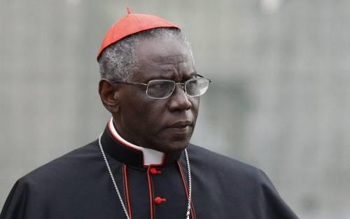 Vaticano, si è dimesso il cardinal Robert Sarah