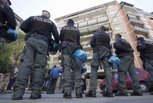 """Casal Bruciato, residenti in protesta: """"Le case prima agli italiani"""" 2"""