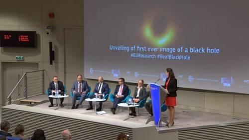 Ecco le prime immagini del buco nero 1