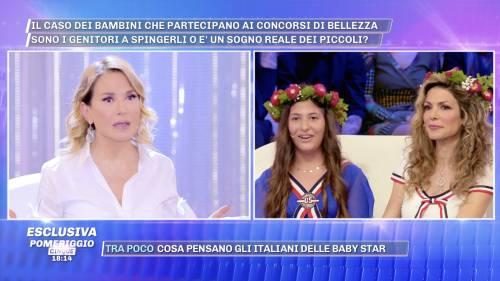 Barbara d'Urso allontana dallo studio Perla Maria, figlia della Monsè