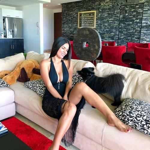 Ania Gadea incendia Instagram: gli scatti della modella messicana 4
