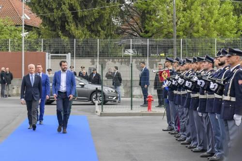 Ora Salvini usa il pugno duro: più controlli sui centri islamici