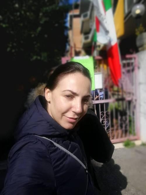 Olimpia Troili, l'ex finiana ora candidata (sexy) del Pd 8