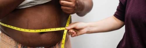 Obesità, uno studio rivela: riduce la materia grigia del cervello