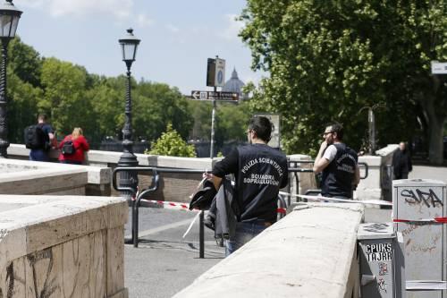 Roma, trovato il corpo di una donna sotto Ponte Sisto 3