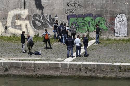 Roma, trovato il corpo di una donna sotto Ponte Sisto 5