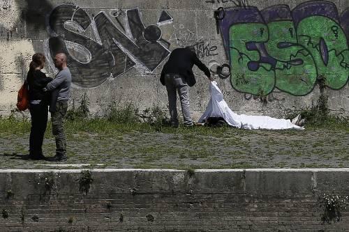 Roma, trovato il corpo di una donna sotto Ponte Sisto 6