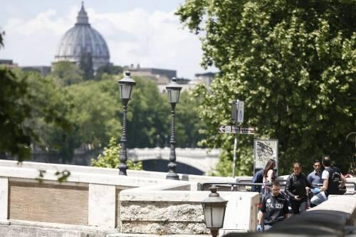 Roma, trovato il corpo di una donna sotto Ponte Sisto 10