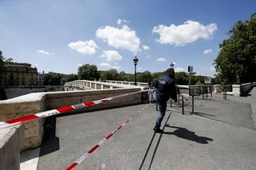 Roma, trovato il corpo di una donna sotto Ponte Sisto 13