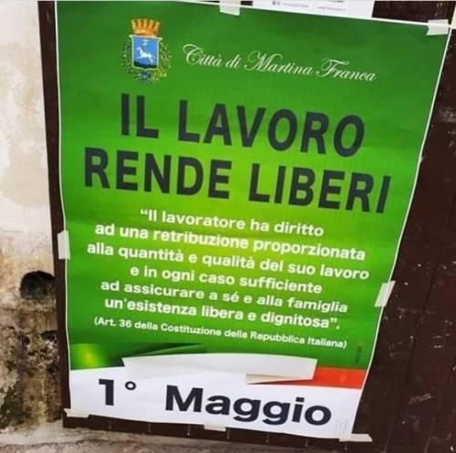 """Martina Franca, """"il lavoro rende liberi"""": la frase dei lager per festeggiare il Primo Maggio"""