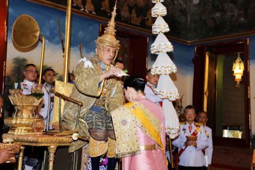 Thailandia, incoronato il nuovo Re garante dell'unità del paese