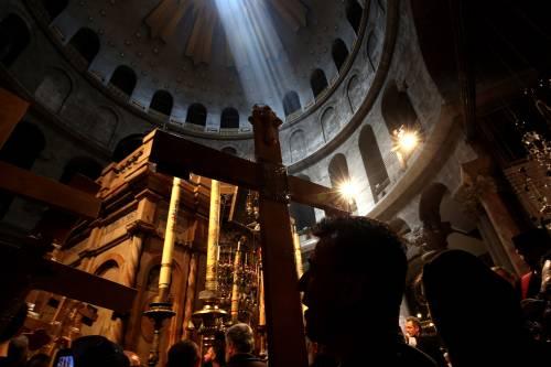 Covid-19, ora chiude pure la Basilica del Santo Sepolcro