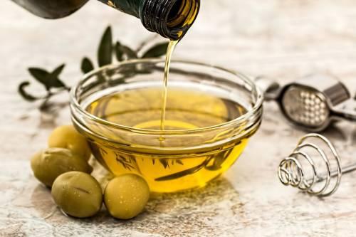 Olio extra vergine d'oliva, prezioso alleato della nostra salute