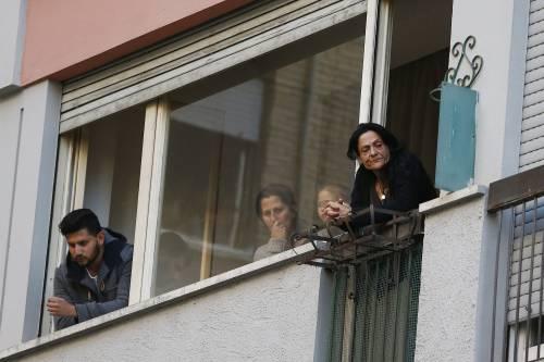 """Casal Bruciato, i rom andranno via: """"Lasceremo la casa popolare"""""""