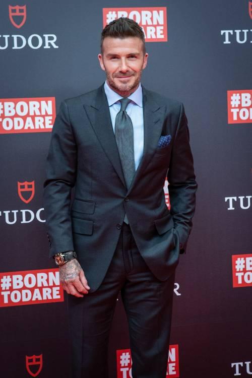 Guida pericolosa, multa e ritiro della patente per David Beckham