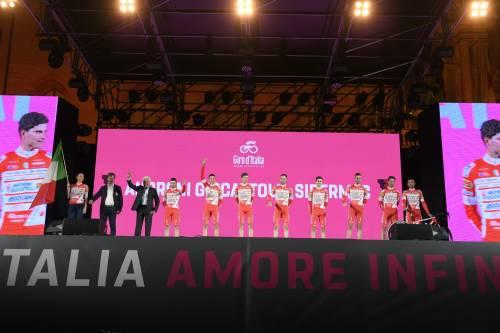 Al via il Giro d'Italia: ecco le immagini più belle 7