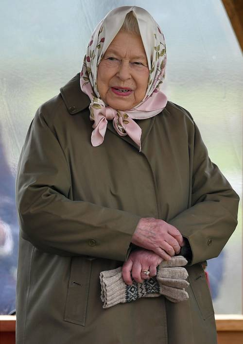 Meghan Markle, il Principe Harry e la Regina Elisabetta II: foto 5
