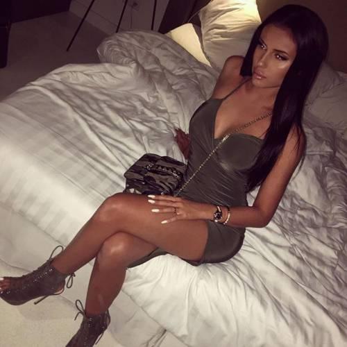 Lady Karsdorp da urlo su Instagram gli scatti sexy di Astrid 2