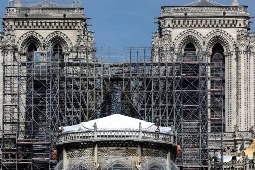 Ricostruzione Notre Dame, versato solo il 9% delle donazioni promesse