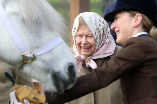 Regina Elisabetta II, le foto della sovrana 7