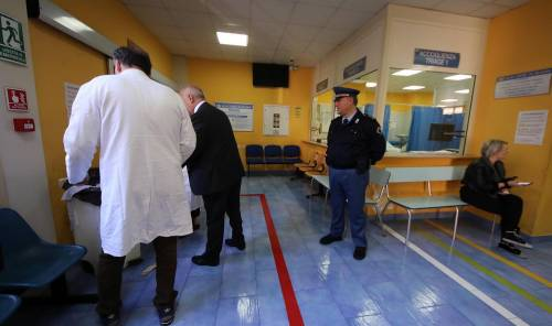 Sparatoria in ospedale a Napoli 7