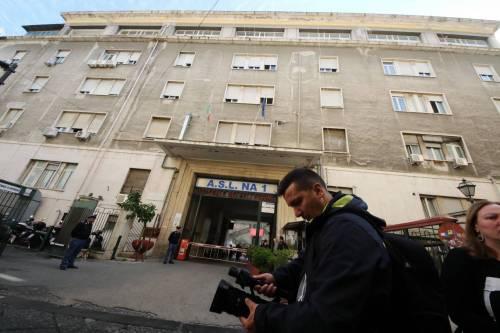 Sparatoria in ospedale a Napoli 8