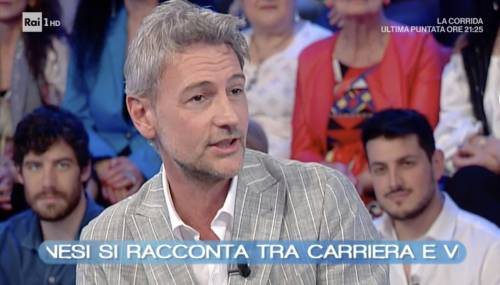 """Roberto Farnesi vittima di stalking, condannata una donna: """"Fatta giustizia"""""""