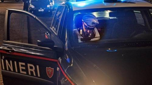 Roma, ciclista investito muore: sciacalli gli rubano il bancomat e prelevano