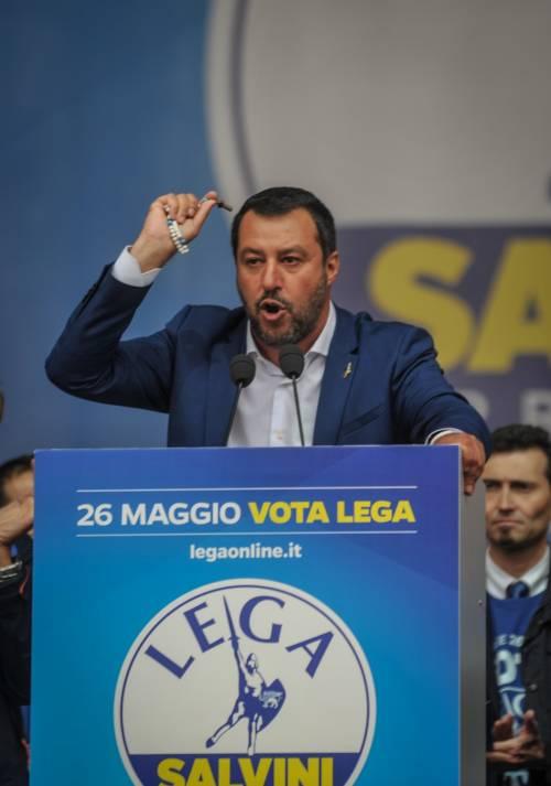 Treviso, vescovo critica Salvini durante l'omelia dell'Assunta
