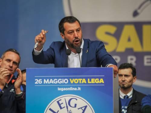 La Chiesa per attaccare Salvini ora si vergogna del crocifisso