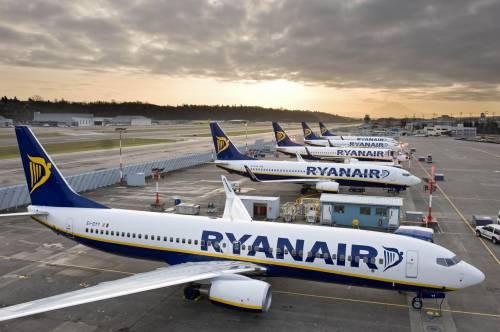 Ryanair, crepe strutturali in 3 Boeing 737