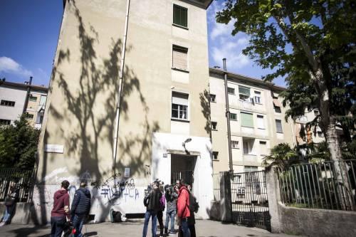 Milano, le immagini della casa del bimbo di due anni trovato morto 5