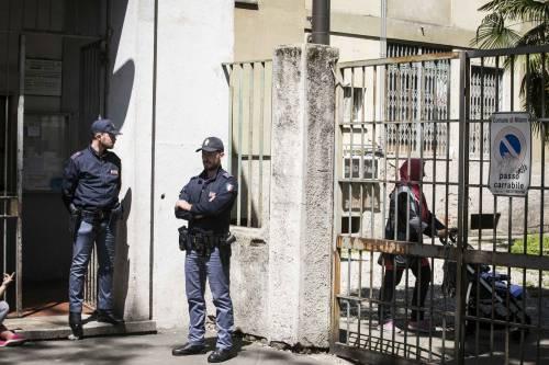 Milano, le immagini della casa del bimbo di due anni trovato morto 13