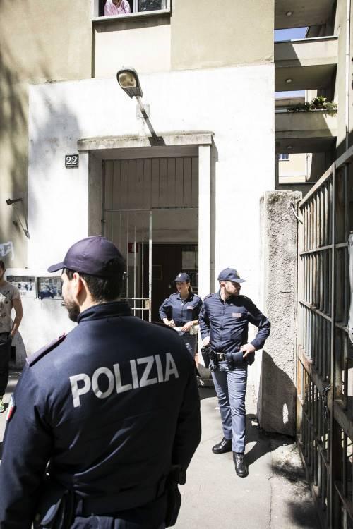 Milano, le immagini della casa del bimbo di due anni trovato morto 14