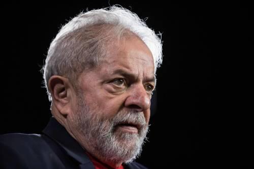 """Lula libero, la sinistra esulta. Lega: """"Sconvolgente"""""""