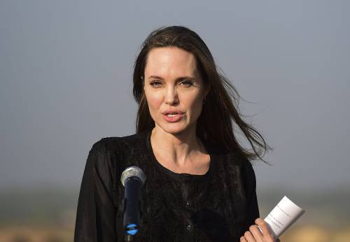 Angelina Jolie spietata contro Jennifer Aniston