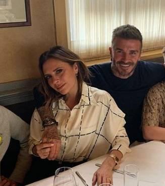 Al via il Tour delle Spice Girls: Victoria e David Beckham inviano un messaggio