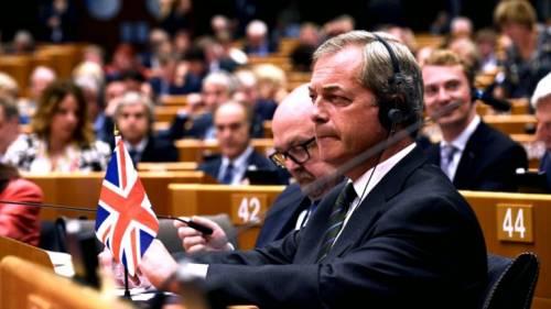Possono piacere o no, ma sovranisti e populisti non sono delinquenti