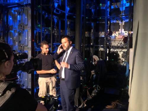Quei gesti sacri di Salvini: perché ha scelto il rosario