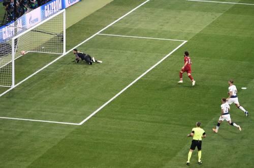 Tottenham-Liverpool in dieci scatti: il meglio della finale di Champions  3