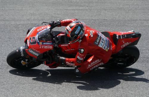 Motogp, Petrucci vince al Mugello davanti a Marquez-Dovizioso. Disastro Rossi