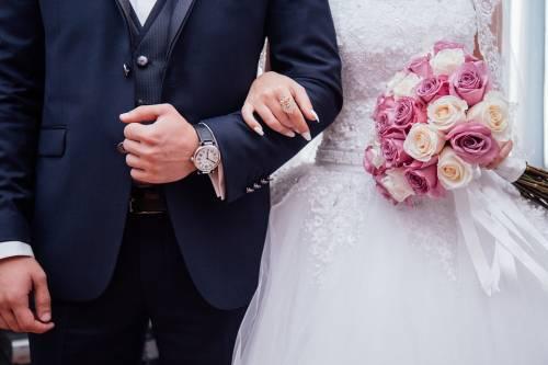 Il matrimonio finisce in rissa: in due all'ospedale